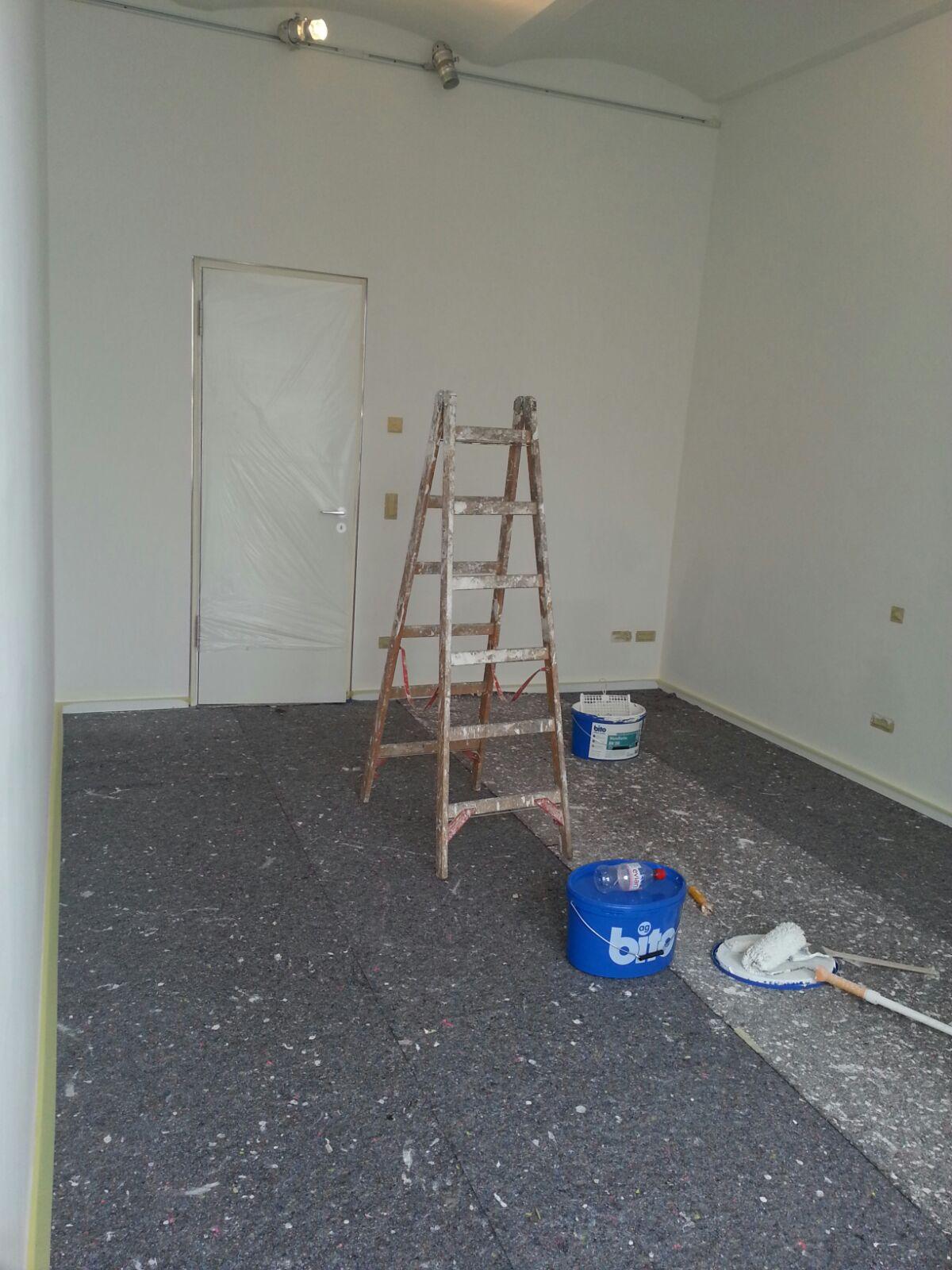 malerarbeiten und renovierungen in berlin g nstig kurzfristig umzugshelfer berlin. Black Bedroom Furniture Sets. Home Design Ideas