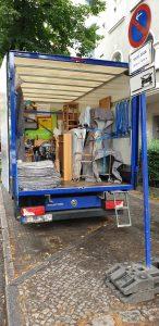 umzugshelder in berlin 146x300 - In Berlin - das Umzugsunternehmen